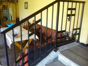 parapet za stalbi ot kovano jeliazo парапет за стълби