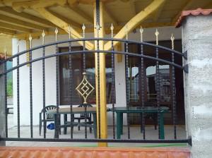 метални огради за двор