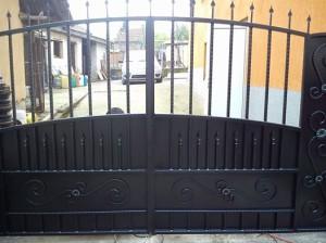 плътна порта от ковано желязо Враца